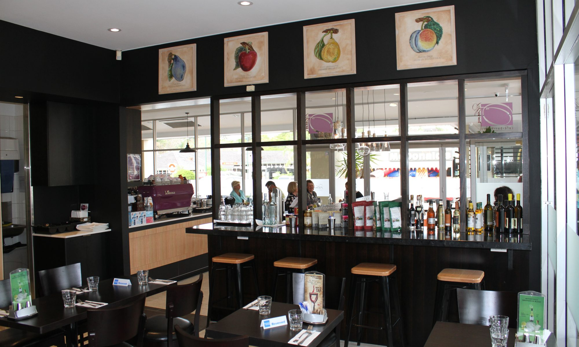 Plum Cafe Bistro